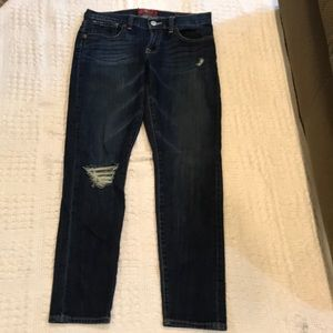 EUC!!  Lucky Jeans Sienna Cigarette distressed